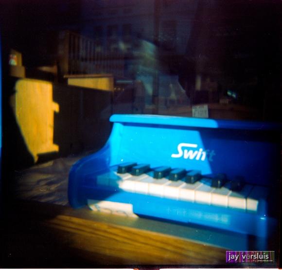 Mini Me's Piano