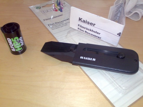 Item #4132: The Kaiser Film Recoverer. Please ignore the manual.